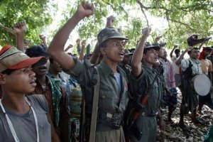 indian_Maoists_red_salute